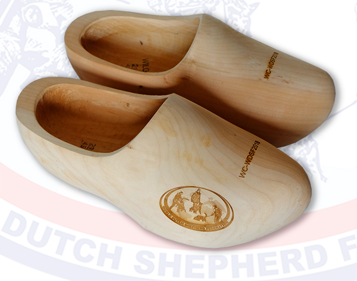 WC WDSF 2018 wooden shoes total
