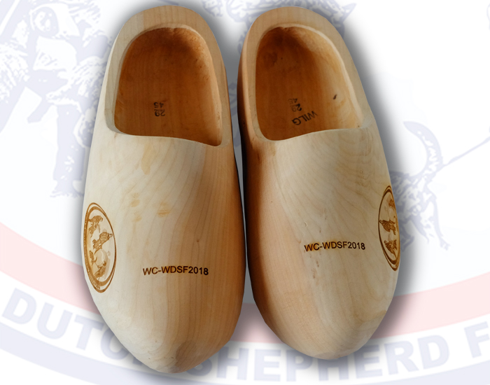 wooden shoes top
